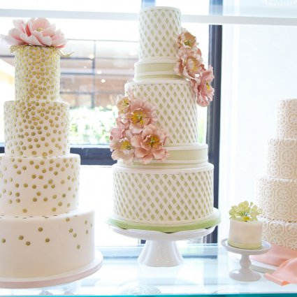 Thumbnail for Beautiful and Unique Wedding Cakes