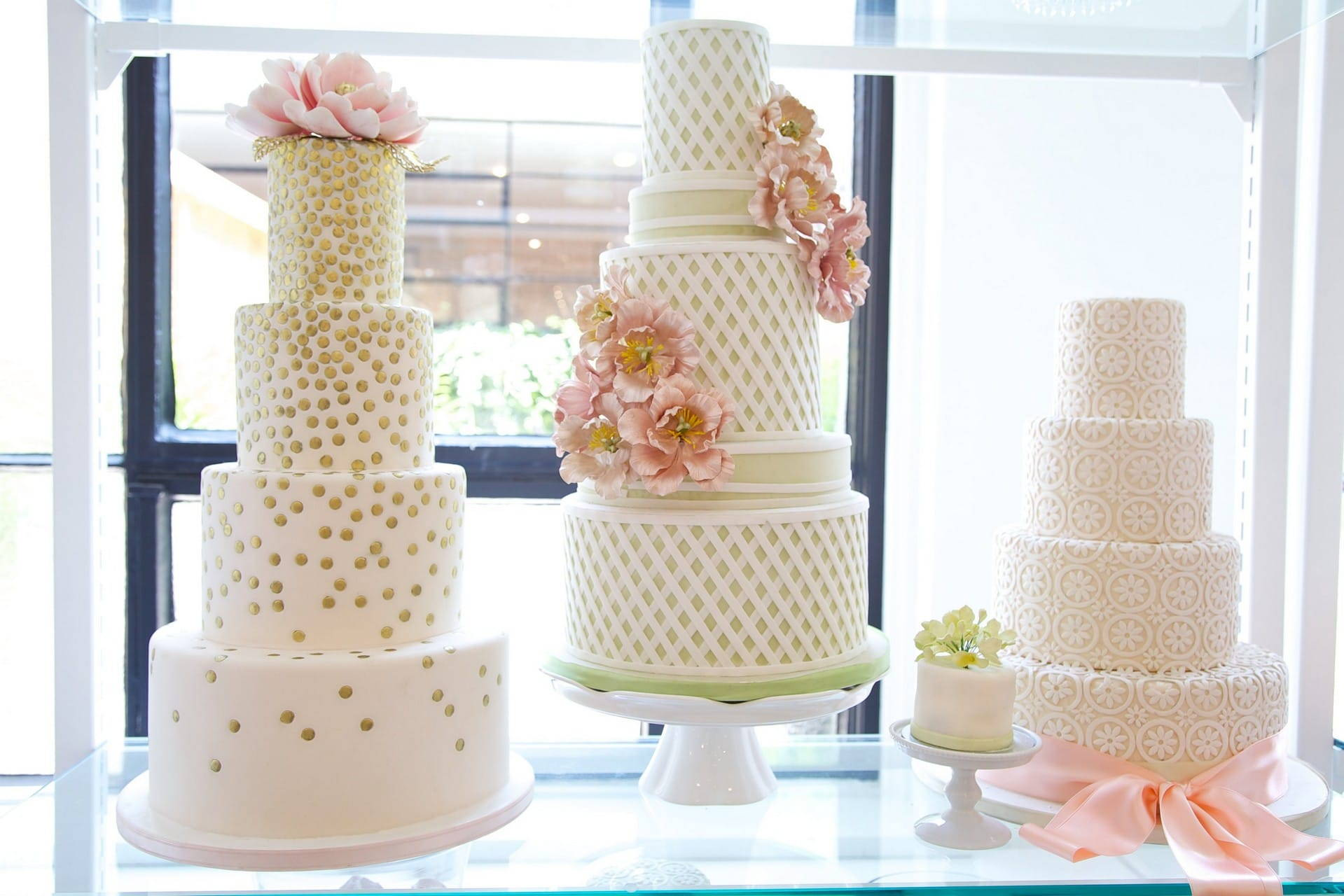 Hero image for Beautiful and Unique Wedding Cakes