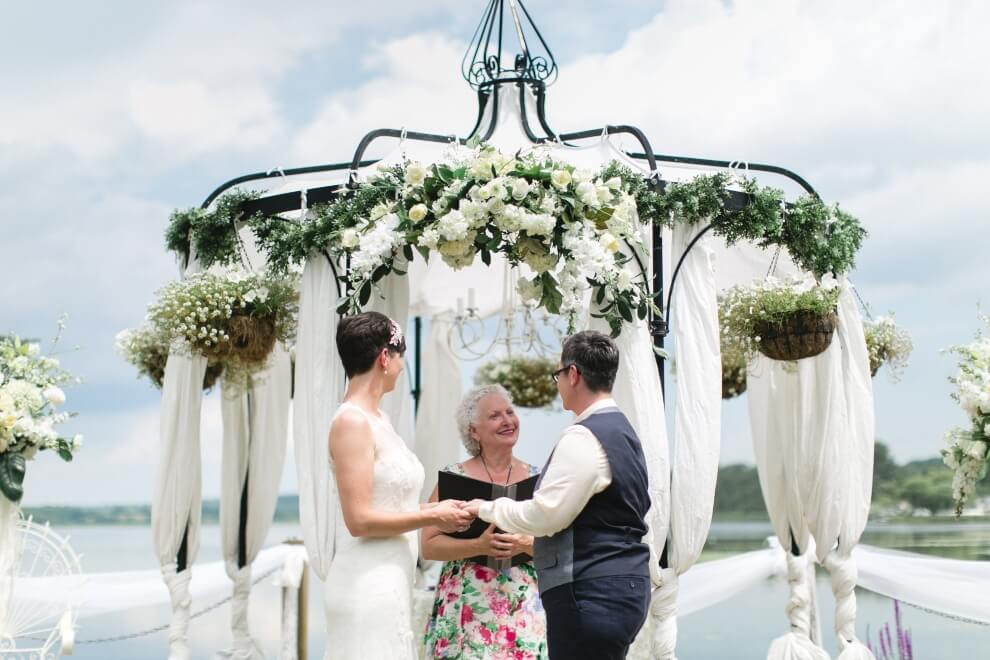 how to find the right wedding officiant, 8