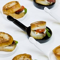 Mouth-watering hors d'oeuvres Creations from 10 of Toronto's Most Renowned Caterers
