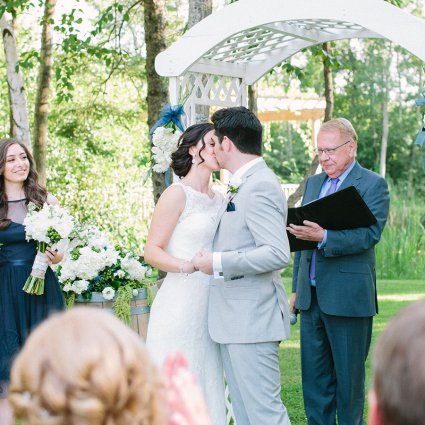 Almost Famouz featured in Sabrina and Michael's Beautiful Holland Marsh Winery Wedding!