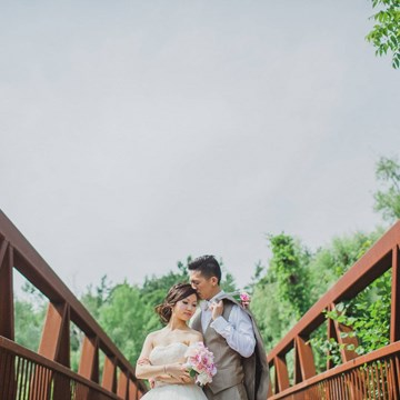 Erika & Eric's Beautiful Summer Wedding At Miller Lash House