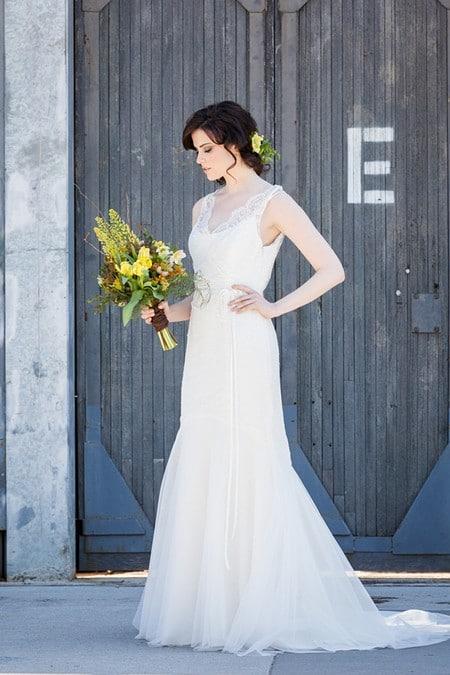 stylized bridal shoot artscape wychwood barns, 7