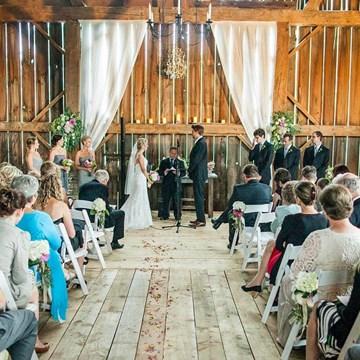 Julian & Angela's Weekend Wedding Retreat