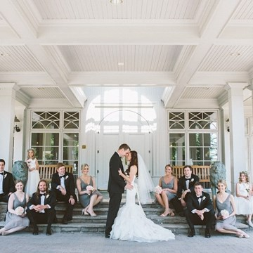 Ashley & Daniel's White & Grey Wedding at King Valley Golf Club