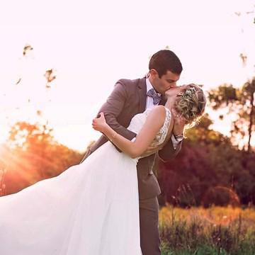 Emma & Robert's Romantic Country Wedding