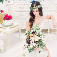 A Stunning Styled Wedding Inspiration Shoot: Azure Blue, Crimson and Pink Palette