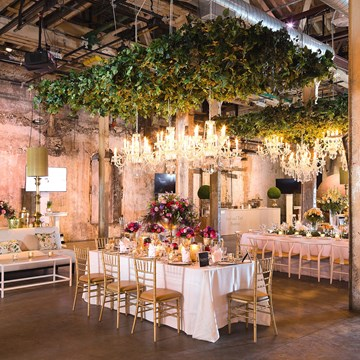 An Enchanted Garden-Themed Wedding Open House at The Fermenting Cellar