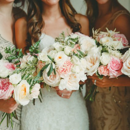 Sweetpea's featured in Wedding Floral Trends from over 15 of Toronto's Top Florists!