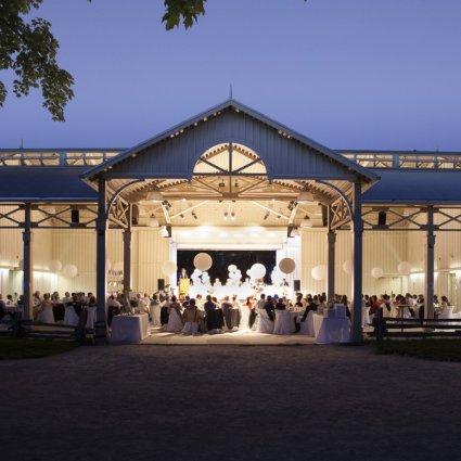 Blackcreek Eventspace featured in Over 20 of Toronto's Prettiest Outdoor Wedding Venues