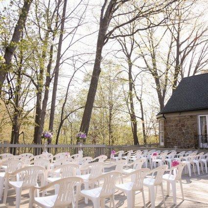 The Glenerin Inn & Spa featured in Over 20 of Toronto's Prettiest Outdoor Wedding Venues