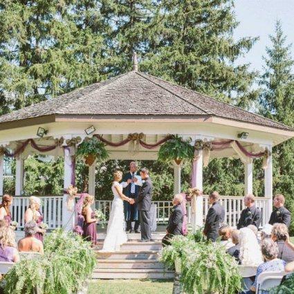 Markham Museum featured in Over 20 of Toronto's Prettiest Outdoor Wedding Venues