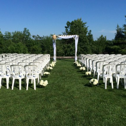 The McMichael Canadian Art Collection featured in Over 20 of Toronto's Prettiest Outdoor Wedding Venues