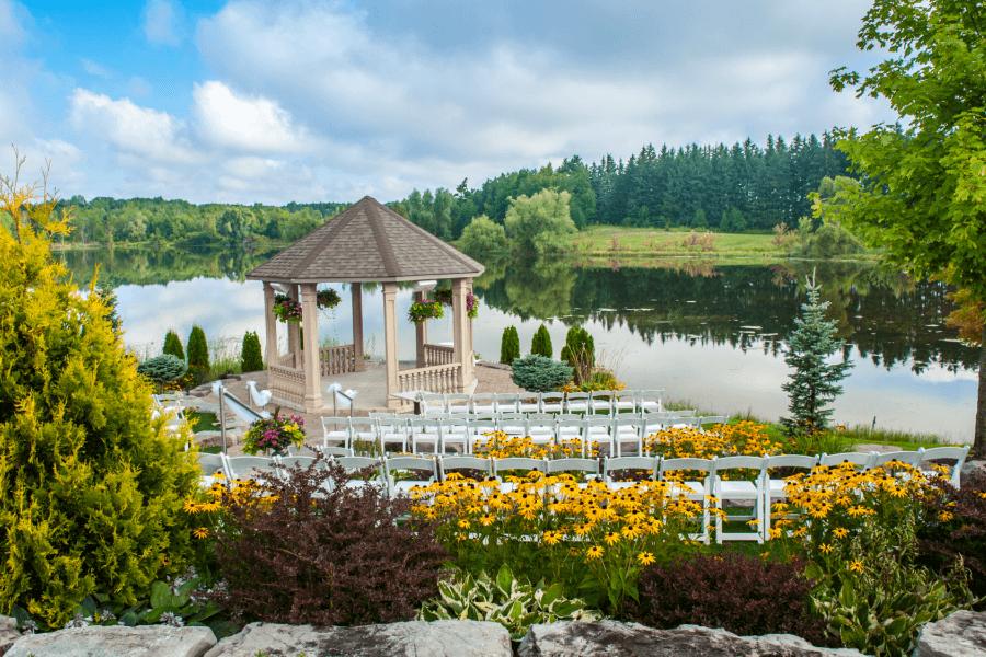 Over 20 of Toronto's Prettiest Outdoor Wedding Venues 45