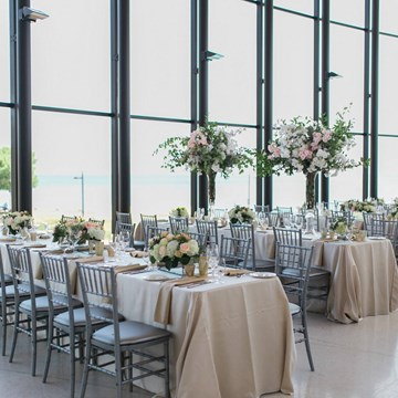 A Stunning Styled Shoot in The Observatory at Spencer's At The Waterfront