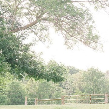 Amber and Andrew's Gorgeous Barn Wedding at Twin Creeks Farm