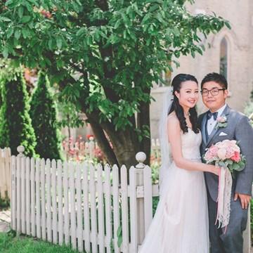 Jenny and Alex's Super Sweet Wedding at Auberge du Pommier