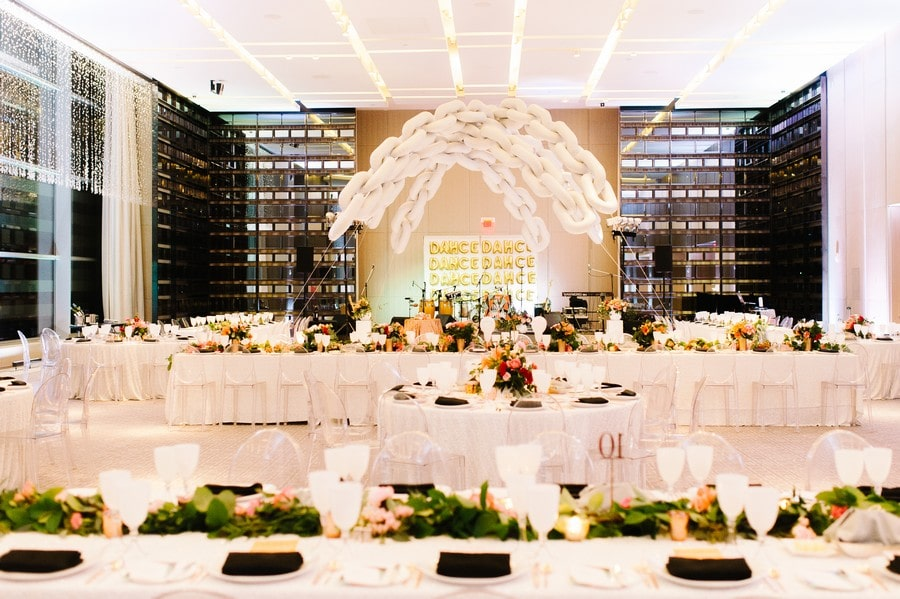 Carousel image of Four Seasons Hotel Toronto, 24
