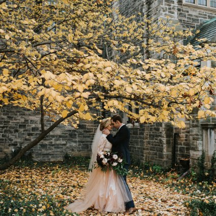 A to Z Event Management featured in Sarah and Jeff's Romantic Fall Wedding at Thompson Landry Gal…