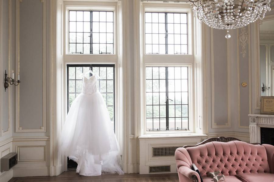 Wedding at Aperture Room, Toronto, Ontario, Lindsie Grey, 2