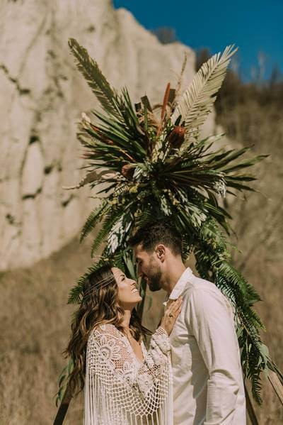 boho glam wedding inspiration style shoot in the scarborough bluffs, 24