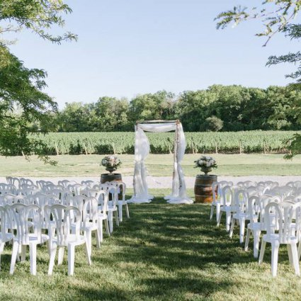 O Weddings and Events featured in Erica and Enho's Vineyard Wedding at Château des Charmes