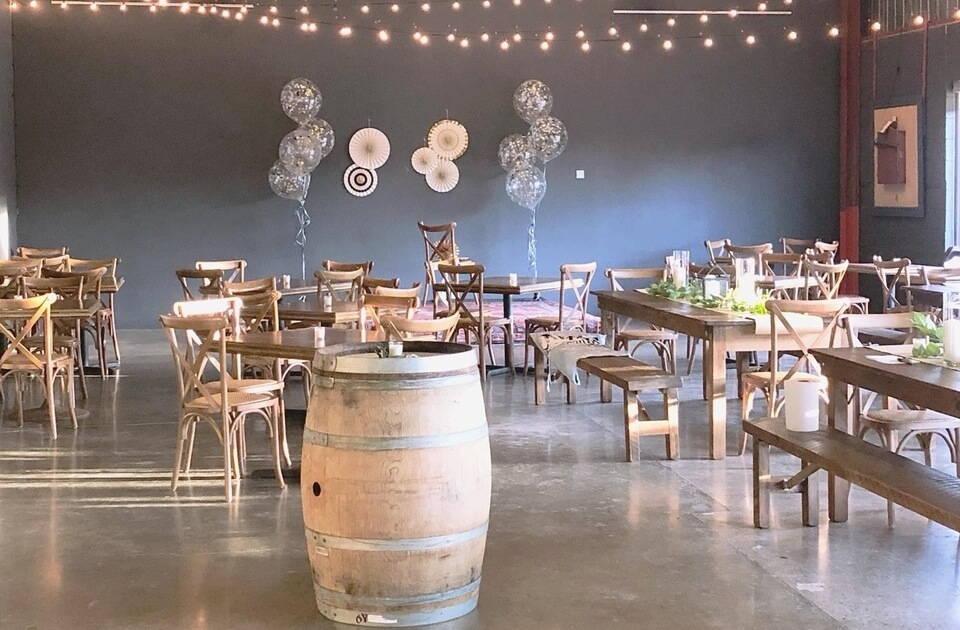 12 toronto wedding venues that wont break the bank, 23