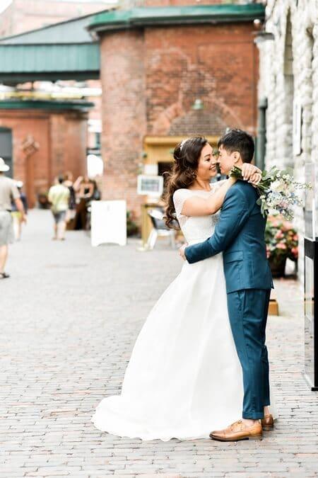 Wedding at Airship 37, Toronto, Ontario, Alix Gould Photography, 18