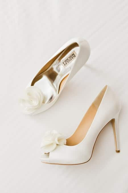 Wedding at Airship 37, Toronto, Ontario, Alix Gould Photography, 3