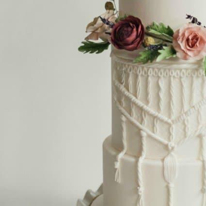 Cakelaine featured in Toronto Cake Designers Share Their Favourite Wedding Cakes Fr…