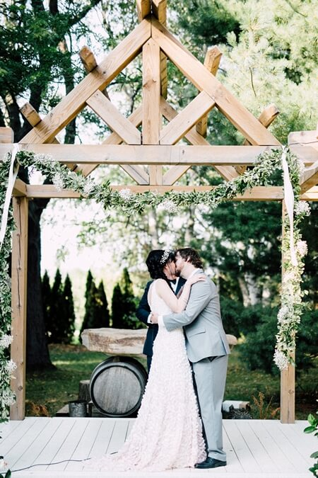 Wedding at Honsberger Estate, Toronto, Ontario, Simply Lace Photography, 34