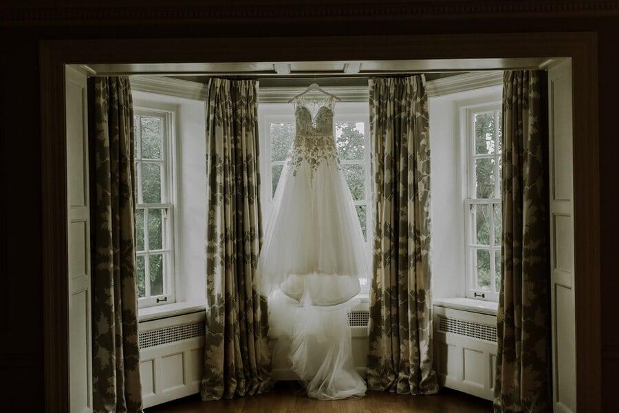 Wedding at Graydon Hall Manor, Toronto, Ontario, Ally & Nicholas Photography, 2