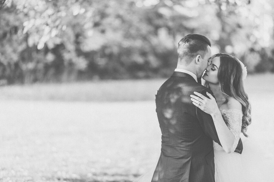 Ashton and Clayton's Romantic Wedding at Oast House Brewery 26