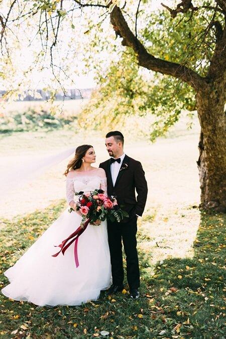 Wedding at Niagara Oast House Brewers, Toronto, Ontario, Young Glass Photography, 20