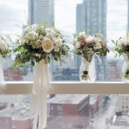 Flowers Time featured in Olivia and Ben's Enchanting Wedding at the Shangri-La Hotel