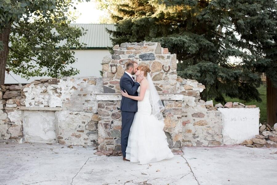 Wedding at Rainbow Valley Wedding Barn, Caledon, Ontario, Haley Photography, 16