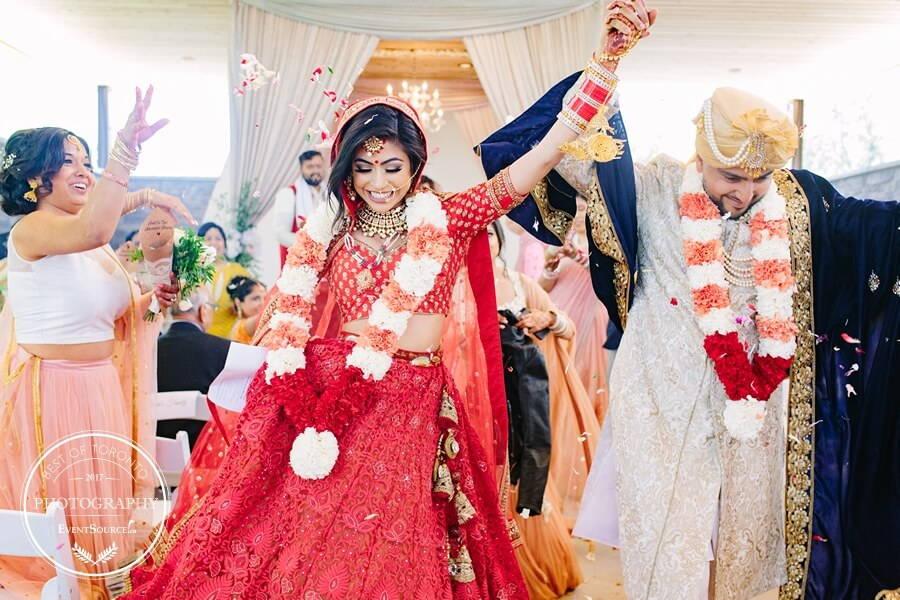 15 toronto wedding photographers share the best of photography, 4