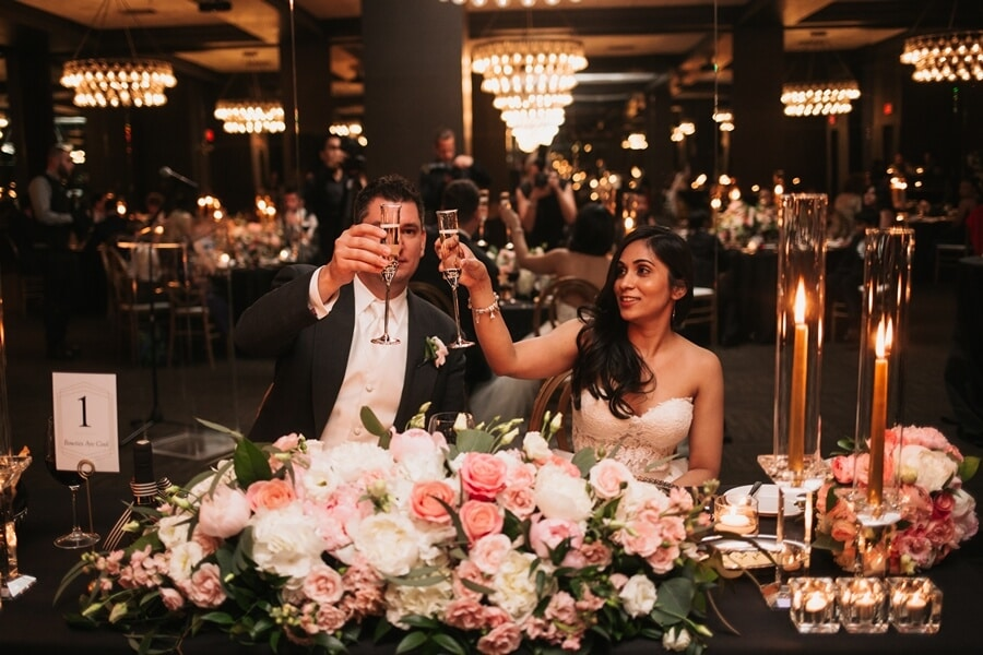 fiona and andrews chic city wedding at the thompson hotel