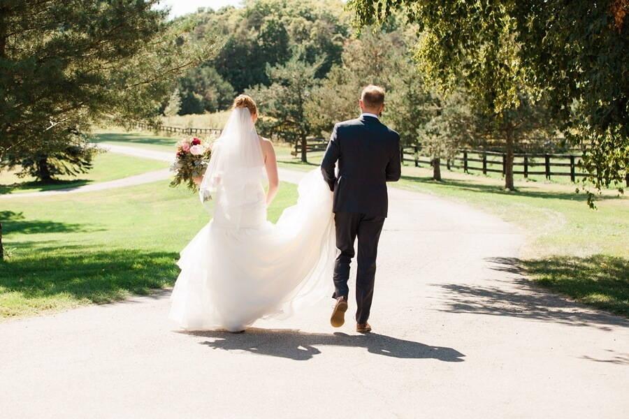 Wedding at Rainbow Valley Wedding Barn, Caledon, Ontario, Haley Photography, 18
