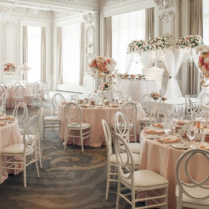 CocoaFancy featured in Hong and Mingcheng's Ultra Luxe Wedding at The King Edward Hotel