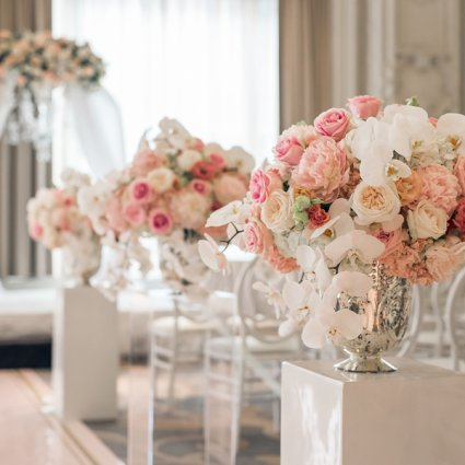 Weddings by Ardenian featured in Hong and Mingcheng's Ultra Luxe Wedding at The King Edward Hotel