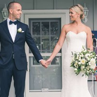 Chelsea and Ari's Ultra Sweet Cottage Wedding