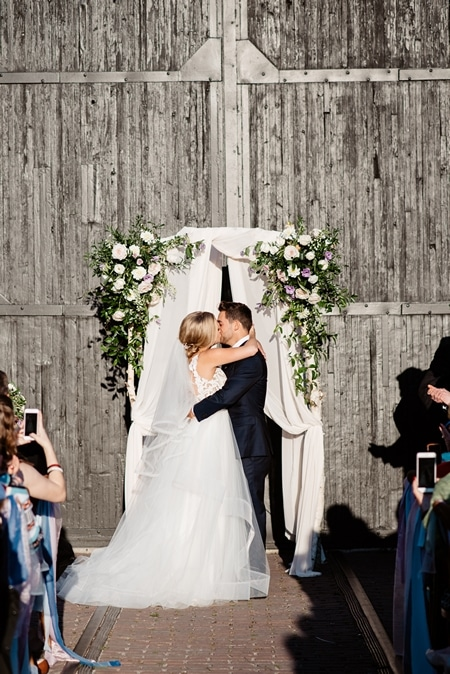 Wedding at Steam Whistle Brewery, Toronto, Ontario, Olive Photography, 32