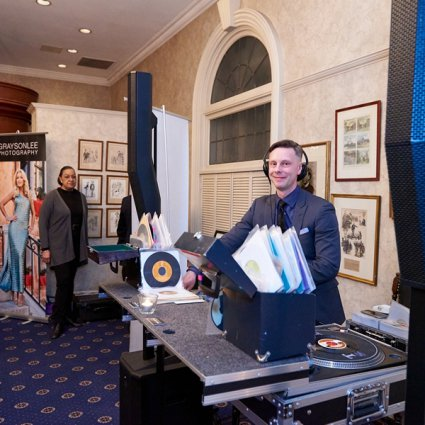 Evolved Entertainment featured in The 2018 Annual Wedding Open House at the Albany Club