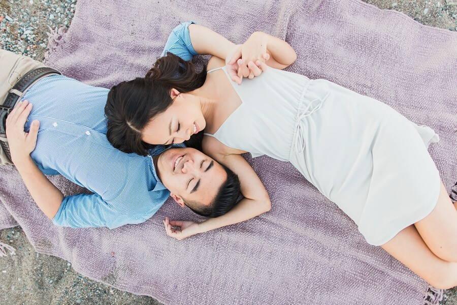 toronto photographers share romantic engagement shots, 20
