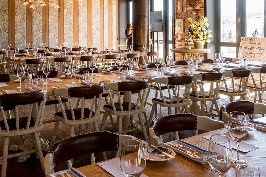 2018 annual wedding open house torontos distillery district, 34