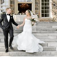 Kristin and Greg's Classic Summer Wedding at Graydon Hall