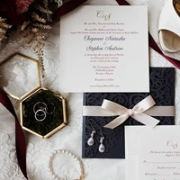Tips for Newly Engaged Couples on Creating the Perfect Wedding Invites