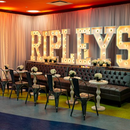 Ripley's Aquarium of Canada featured in 15 Toronto Landmark Venues You Probably Didn't Know Host Events