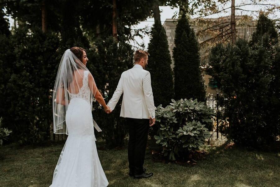 Wedding at Steam Whistle Brewery, Toronto, Ontario, Brandon Scott Photography, 16